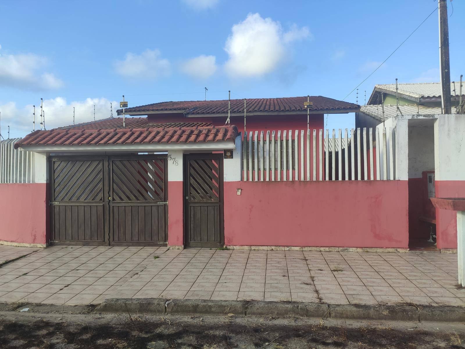 Casa Bem Localizada